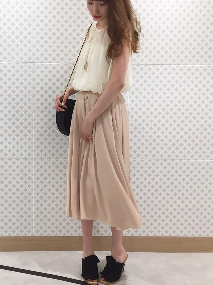 『BAILA』7月号『Gina』summer号掲載/シャインギャザーフレアースカート