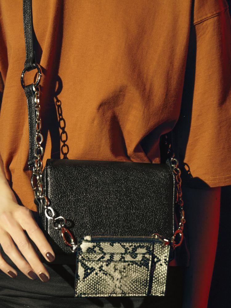 エモダ レディースバッグの代表画像